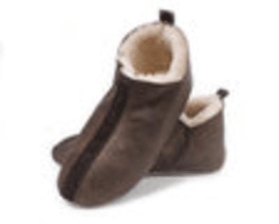 Wilt u graag warme voeten? Koop dan deze leren pantoffels!